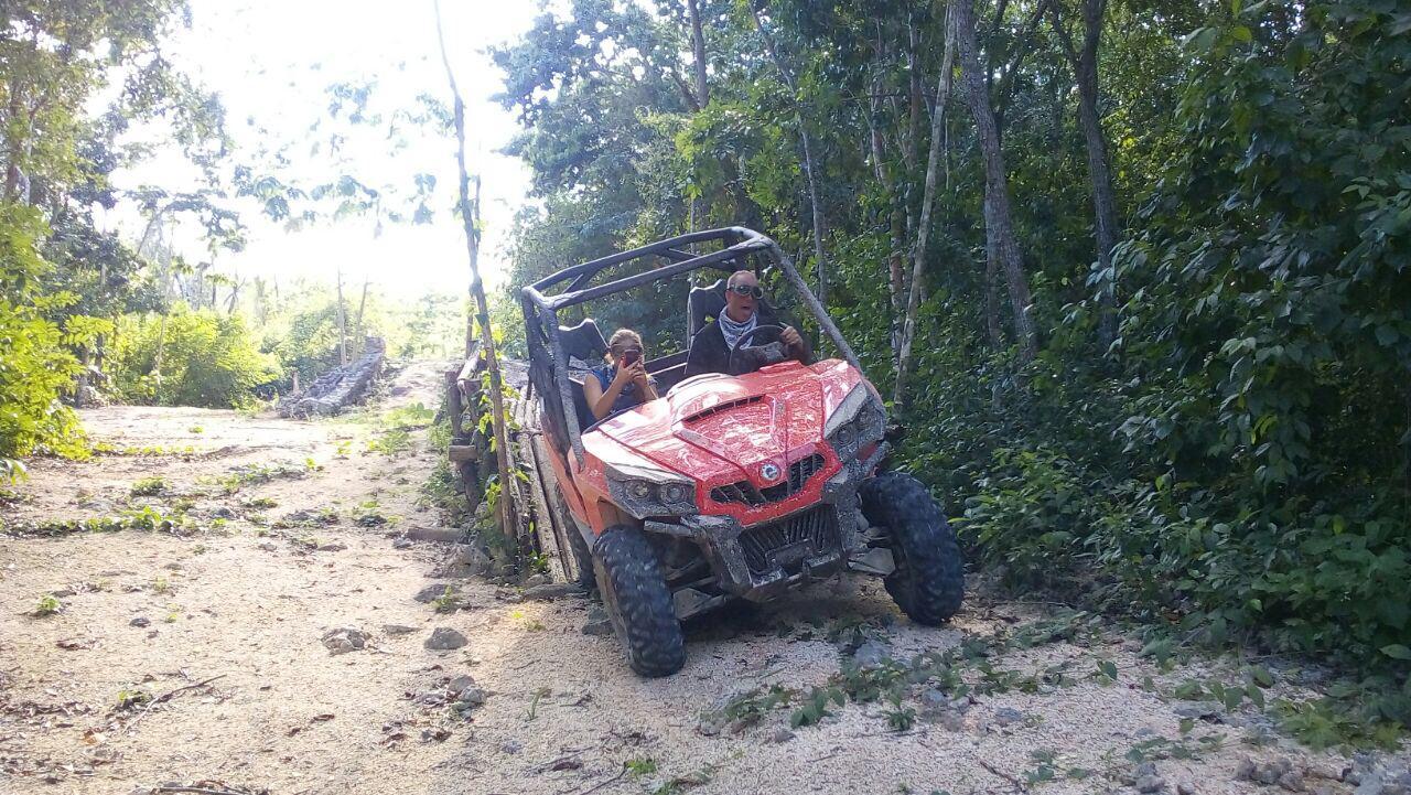 excursiones-riviera-maya-buggy-1